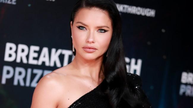Защо Джоли и Адриана Лима се отказаха от секса?