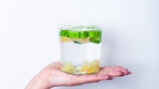 12 удивителни ползи от пиенето на джинджифилова вода