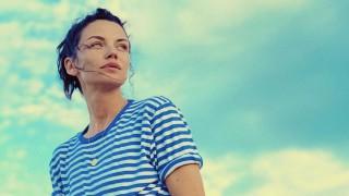 Отива ли ѝ: Диляна Попова с нова къса прическа