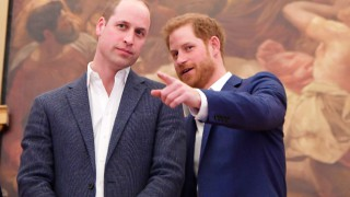 Един предизвестен край: Уилям и Хари си разделиха парите на Даяна