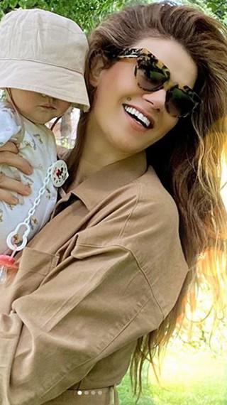Турската Синди Крауфорд напусна мъжа си, искал да отслабва, докато е бременна