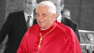 Папа Бенедикт XVI е тежко болен