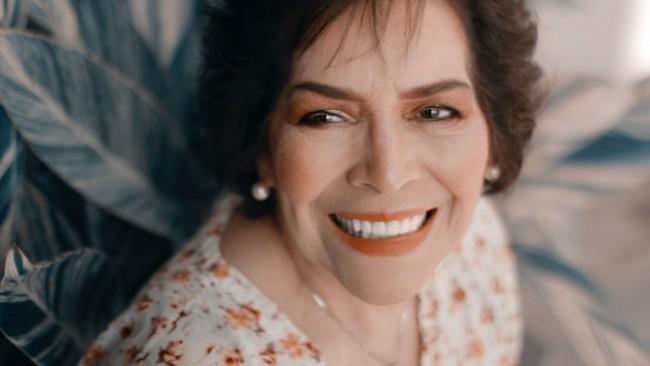 Тя е на 60 и срещна любовта в сайт за запознанства