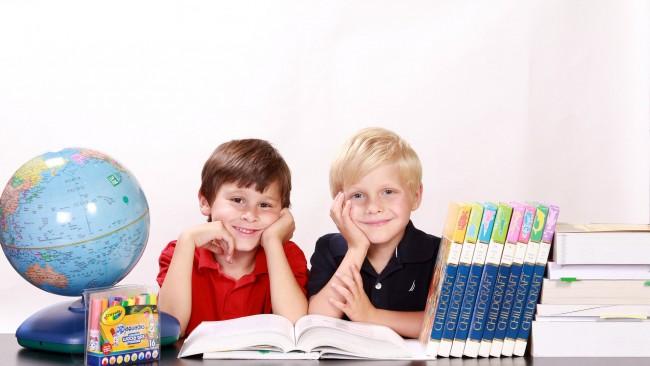 Побъркахте ги тези деца: Записките на една нормална майка по време на родителска среща