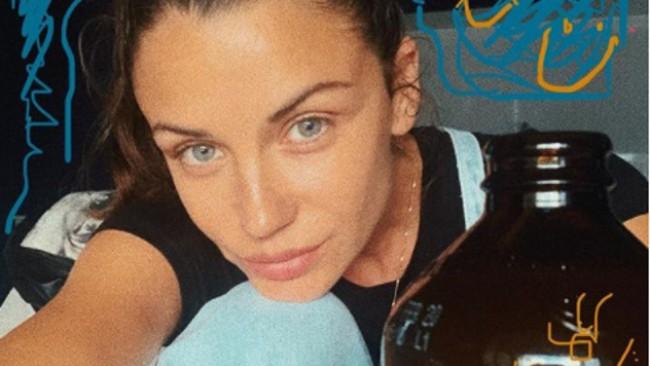 Диляна Попова показа как изглежда днес детето ѝ от Блатечки