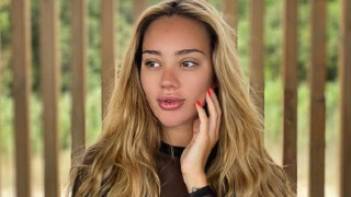Шок! Разделена ли е моделката Биляна Лазарова с годеника си след като роди?