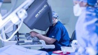 Специалисти обсъждат новостите в роботизираната хирургия у нас