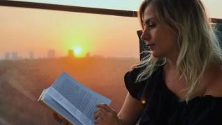 """""""Модерно е да се чете"""" с кампания в подкрепа на българските автори и издателства"""