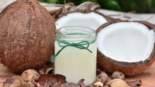 Леле! Коронавирусът може да бъде унищожен с кокосово масло