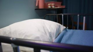 Тази българка с Ковид-19 отстъпи си тръгна от болницата, за да настанят на леглото ѝ по-болен