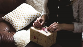 5 идейни подаръка за Коледа, които можеш да купиш точно сега!