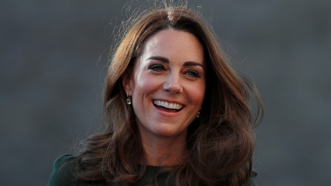 Рокля на Кейт бе определена като дреха на десетилетието. Вижте я!