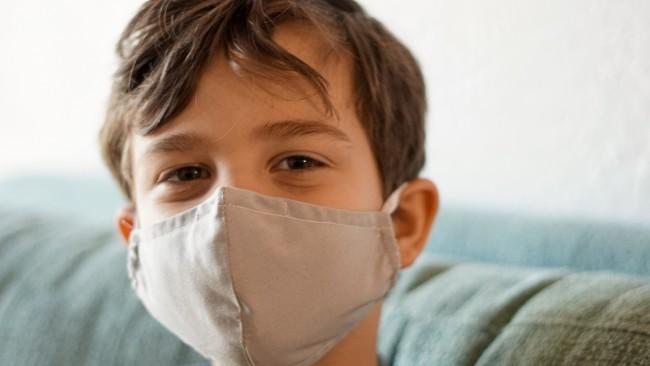 Ново проучване показва защо децата имат повече защитни сили срещу ковид-19