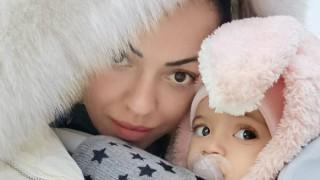 Славея Сиракова и дъщеря ѝ сложиха тюрбани