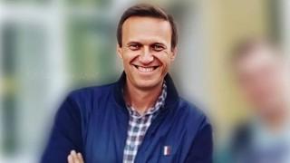 Силата да се шегуваш с отровата: Алексей Навални и неговите палачинки