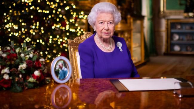 Извънредно от Бъкингамския дворец: Кралица Елизабет II се ваксинира срещу Ковид-19