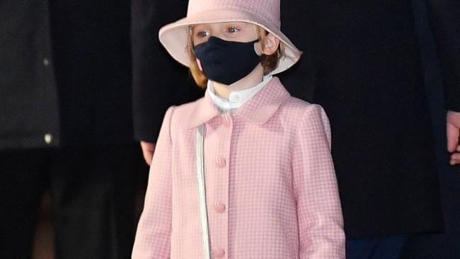 Малката принцеса Габриела засия с чанта Dior в памет на лейди Даяна