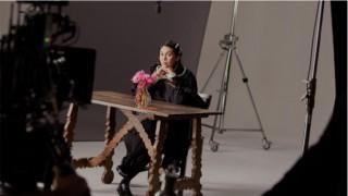 H&M с вълнение представя забележителното си сътрудничество с ирландския дизайнер Симон Роша