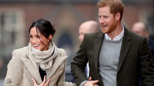 Меган и Хари с изненадваща поява след скандала с кралицата, ето как тя им го връща за интервюто