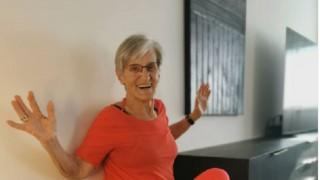 Вижте как една 81-годишна жена стана тотален хит TikTok