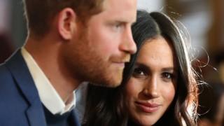 Меган и Кейт пак се хванаха за гушите: Кралското семейство разпространило лъжи за Маркъл