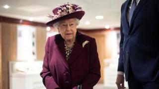 Уилям и Чарлз дадоха най-милото обещание на кралица Елизабет след смъртта на Филип