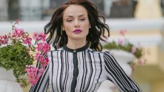 """Надя от """"Елит"""" показа бебето само за Woman.bg"""