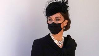 Кейт Мидълтън озари погребението на принц Филип с бижута на кралицата със сантиментална стойност