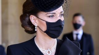 Кейт в ролята на миротворец: Как херцогинята на Кеймбридж отново накара Уилям и Хари да си говорят