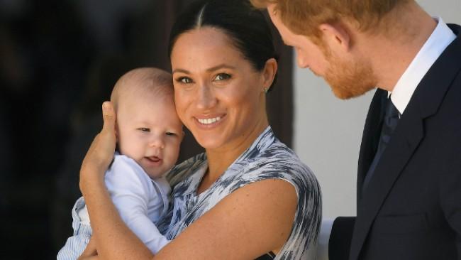 Кралското семейство празнува: Честит рожден ден, Арчи!
