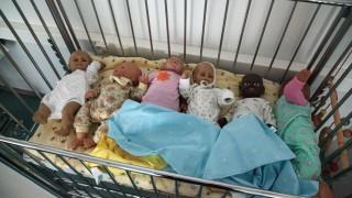 Невероятно! Жена роди 9 бебета наведнъж! (видео и снимки)