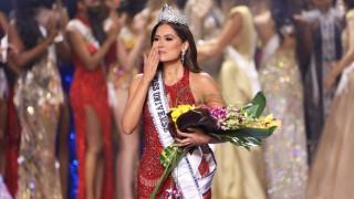 26-годишна изкусителна мексиканка е новата Мис Вселена (Снимки)