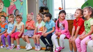 Над 10 хиляди деца без място в детската градина - София, градът който излъга майките!