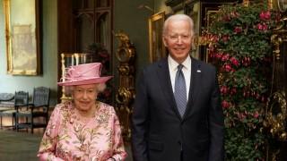 Джо Байдън: Кралицата ми напомня за мама
