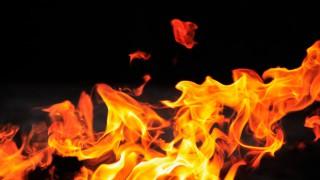 Казват, че огънят пречиства. За силата да бъдеш, любовта и българските мъже, които изгоряха вчера