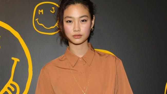 Звезда от 'Игра на калмари' е новото лице на Louis Vuitton