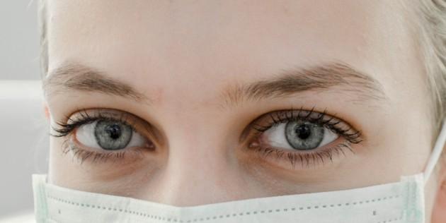 Ще спрете ли социалните контакти заради коронавируса?