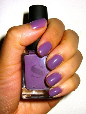 Purple%20Nail%20Polish Big Battle in manicure   Blue vs. purple