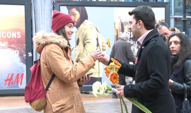 Вижте кой зарадва с цвете българката днес