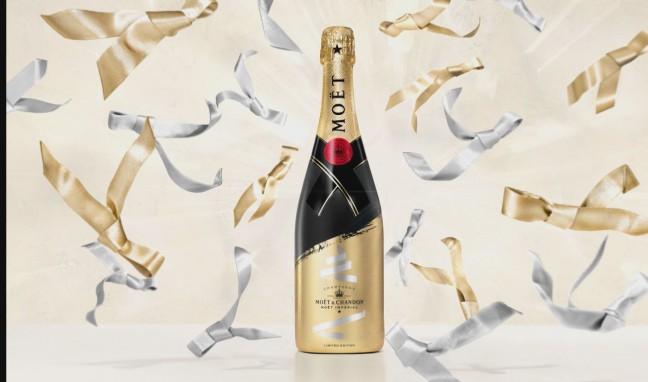 Изпратете пожелание за празниците с бутилка шампанско