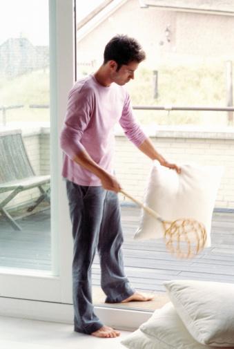 Как си поделяте домашните задължения в къщи? 87317719
