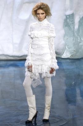 сиво - Облекло, мода, елегантност - Page 2 Chanel1%281%29