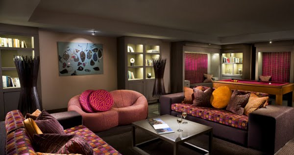 Апартамента на Серина  Scarlet-Hotel-Library