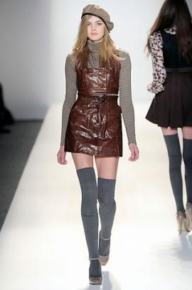 сиво - Облекло, мода, елегантност - Page 2 Cynthia_steffe