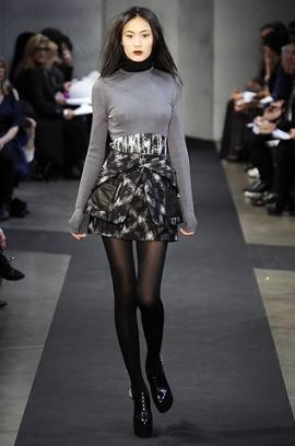 сиво - Облекло, мода, елегантност - Page 2 Proenza_schouler3